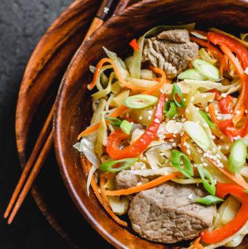 Mongolian Tsuivan 1 | roottoskykitchen.com