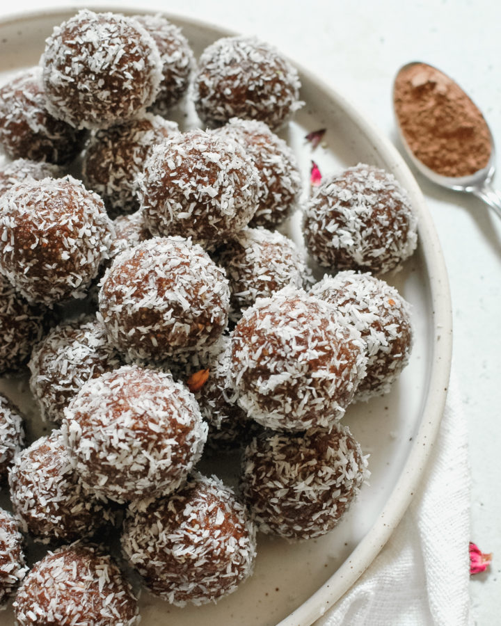 aphrodisiac bliss balls (3 of 5)